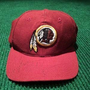 VINTAGE SIGNED Washington Redskins hat adjustable